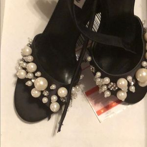 Steve Madden pearl heels